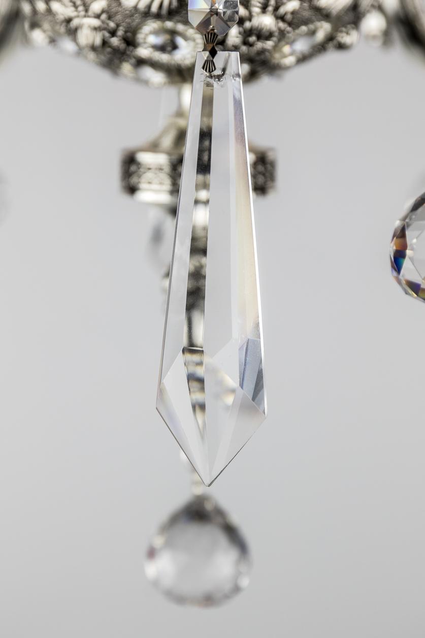Lustre argent de style italien à 6 branches orné de cristal facetté