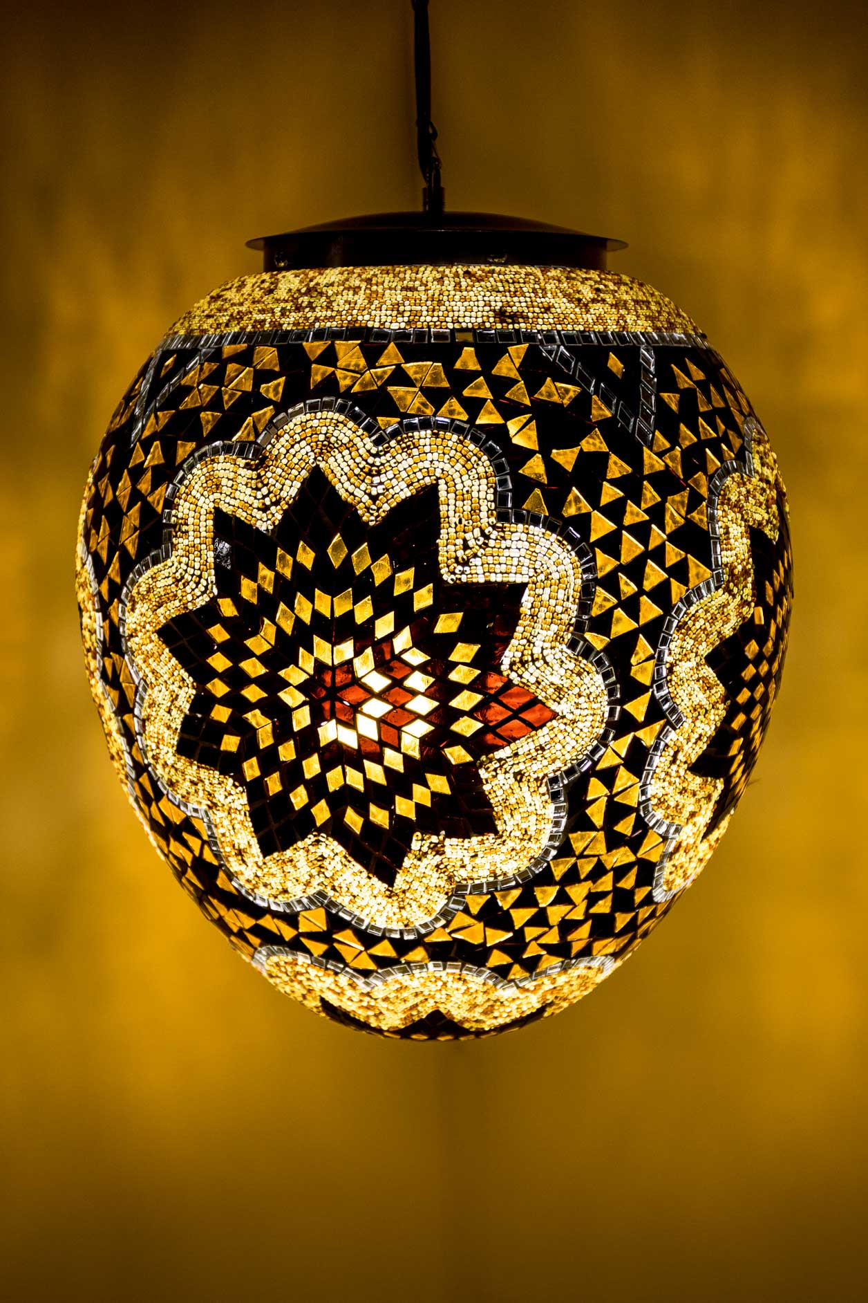 Lampe suspendue oeuf de mosaïque
