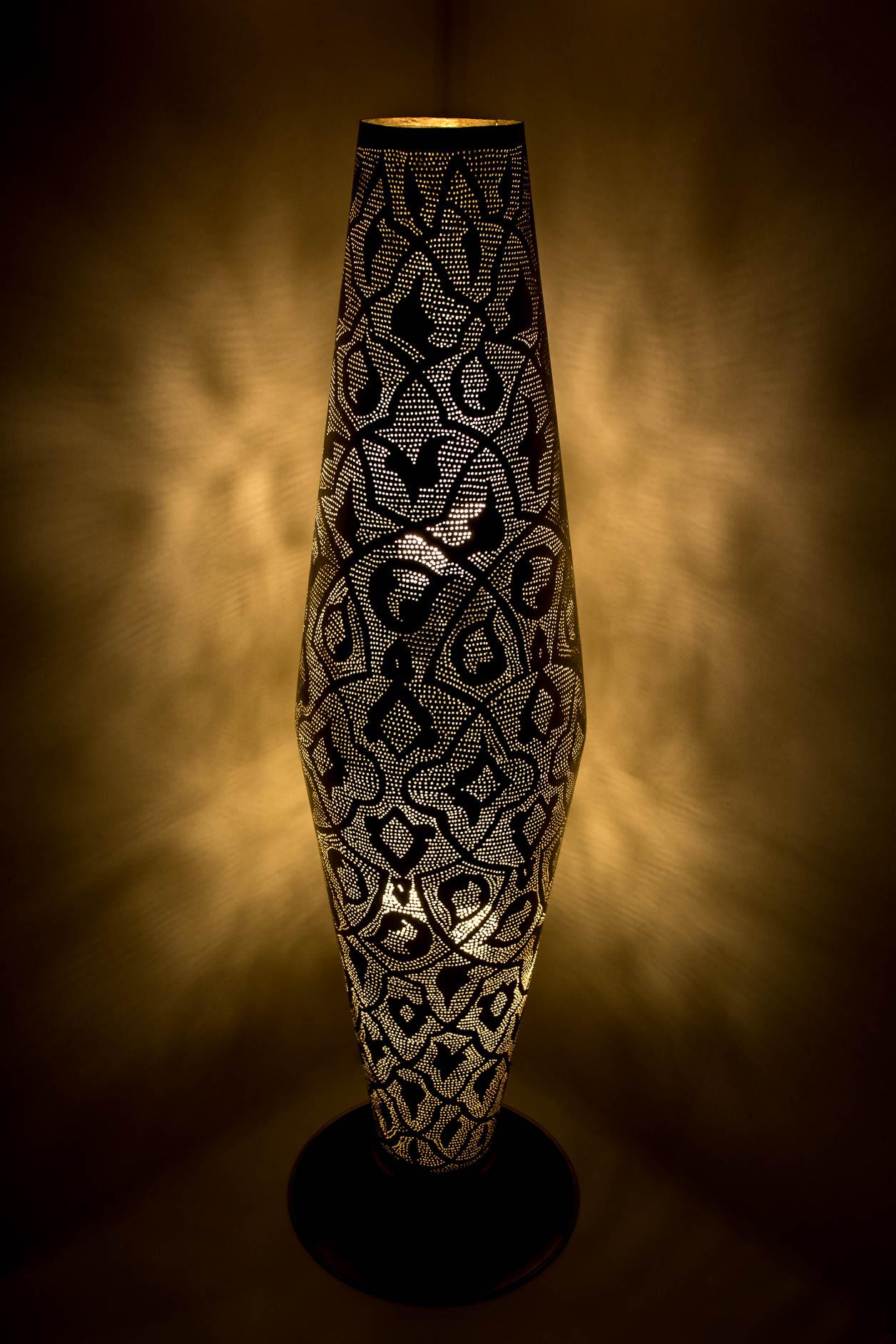 Grand cylindre sur pied en filigrane
