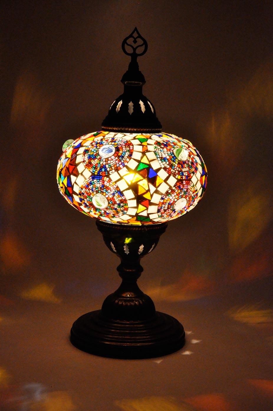 Lampe de table avec grand globe de mosaïque