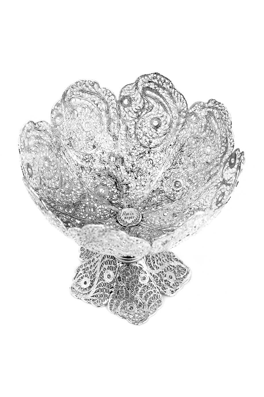 Moyenne bonbonnière en forme de calice